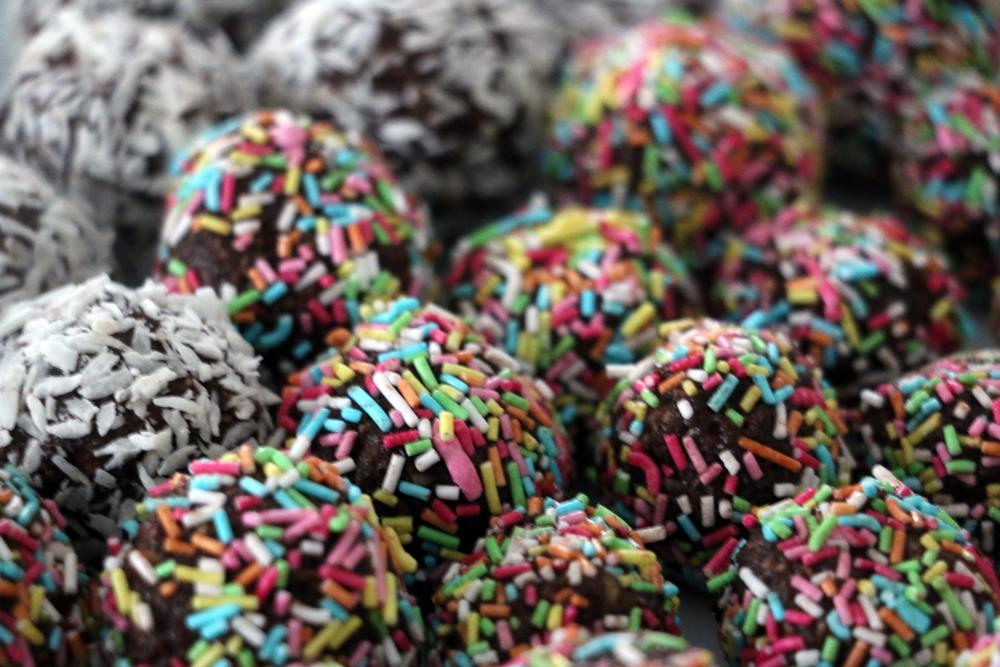chokladbollar med strössel