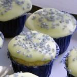 Chi muffins - vaniljmuffins med frosting och strössel